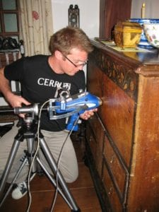Marc Vermeulen uses a hand held XRF unit